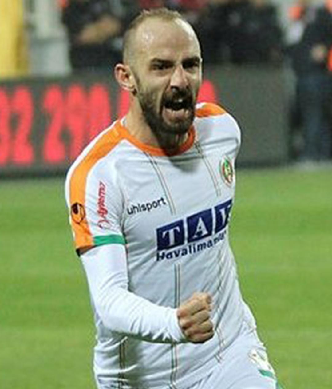 Efecan Karaca